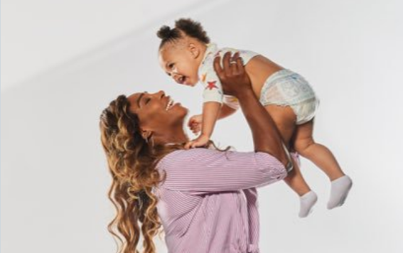 Serena Williams And Daughter Olympia Celebrate Dance With Pampers Wild Child Wiggle Contest